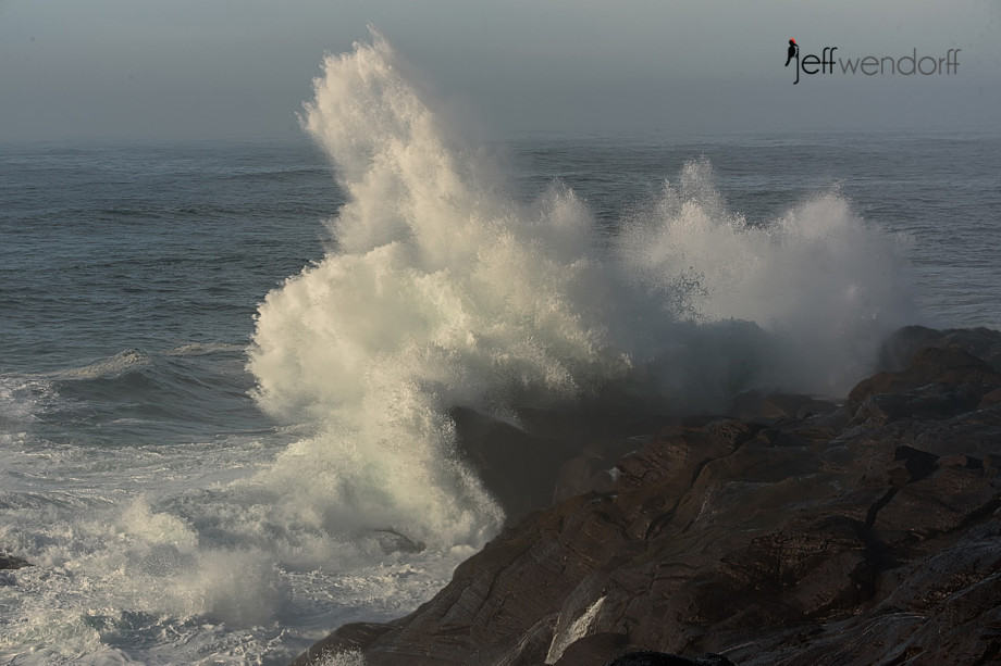 Wave crashing off the shore in Boiler Bay photographed by Jeff Wendorff