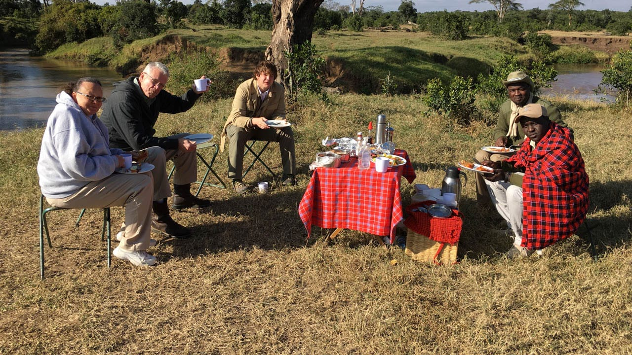 Clients bush breakfast Kenya Safari